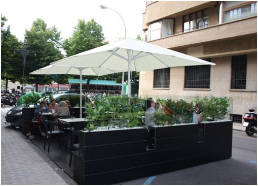 Las terrazas son un claro ejemplo de que el verano ha llegado a la ciudad