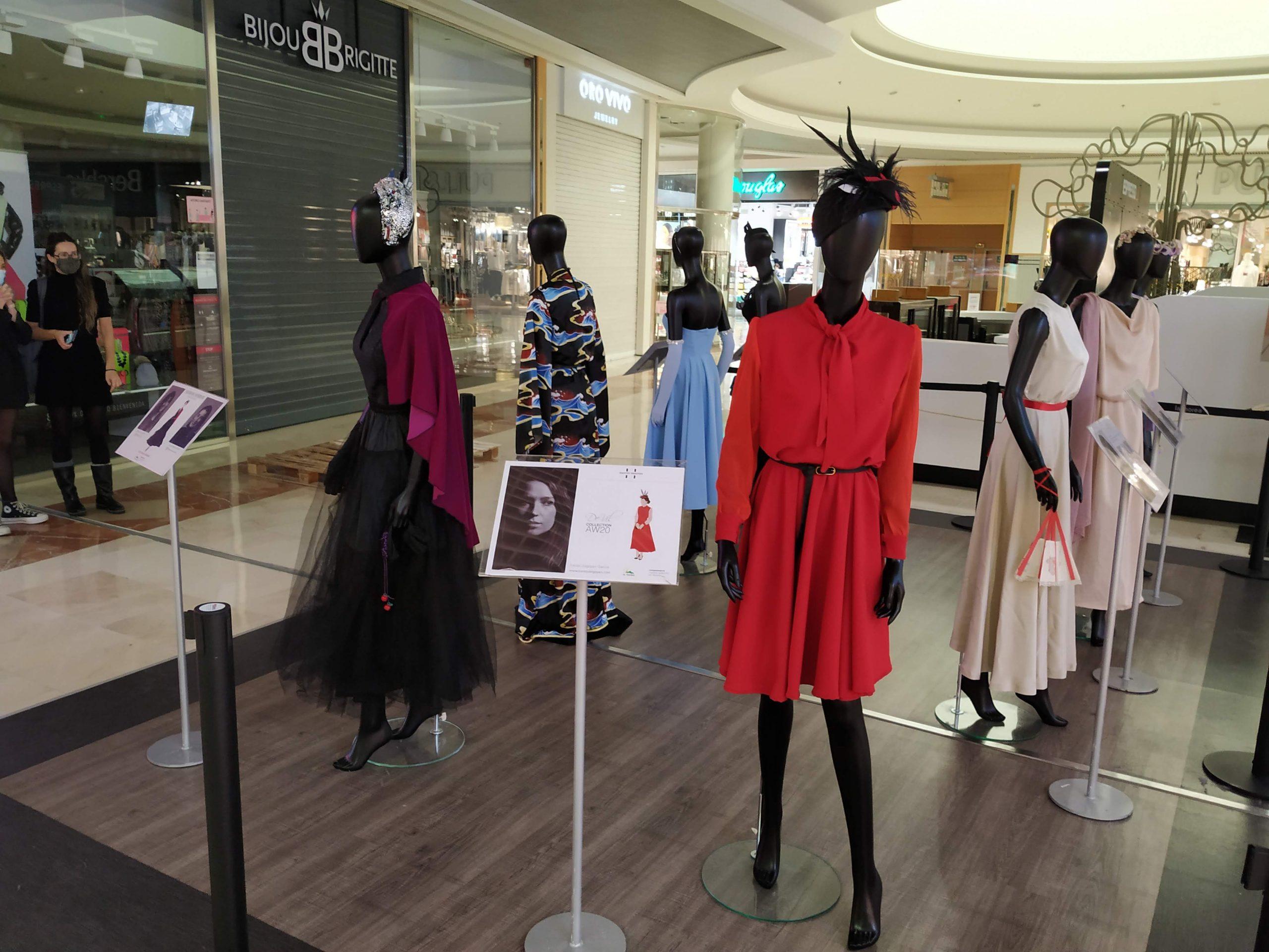 Exposición de looks en La Morea por alumnas de Creanavarra