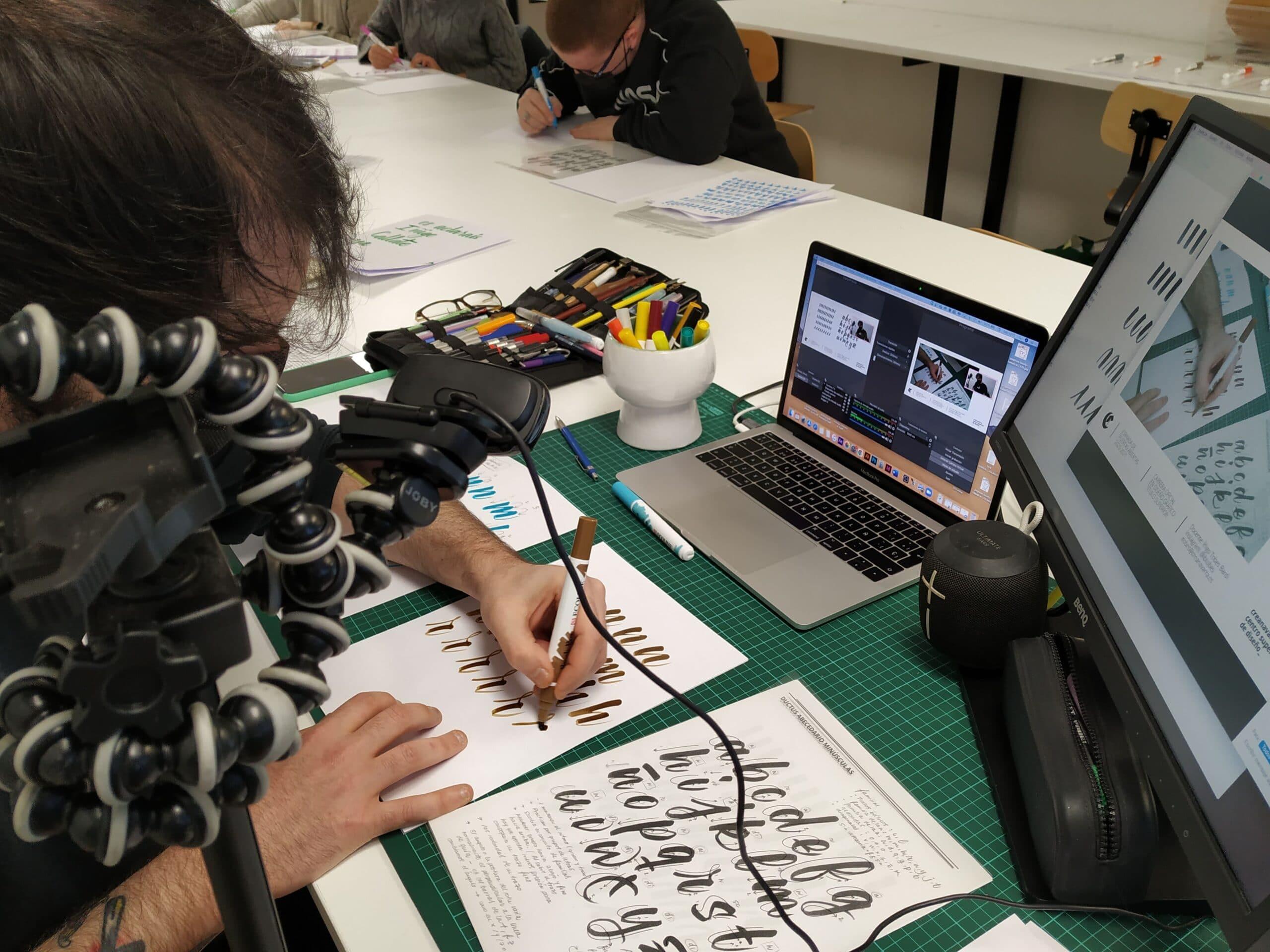 Gran acogida de los primeros talleres de Gráfico y Moda en el 'Open Weekends To Design' de Creanavarra