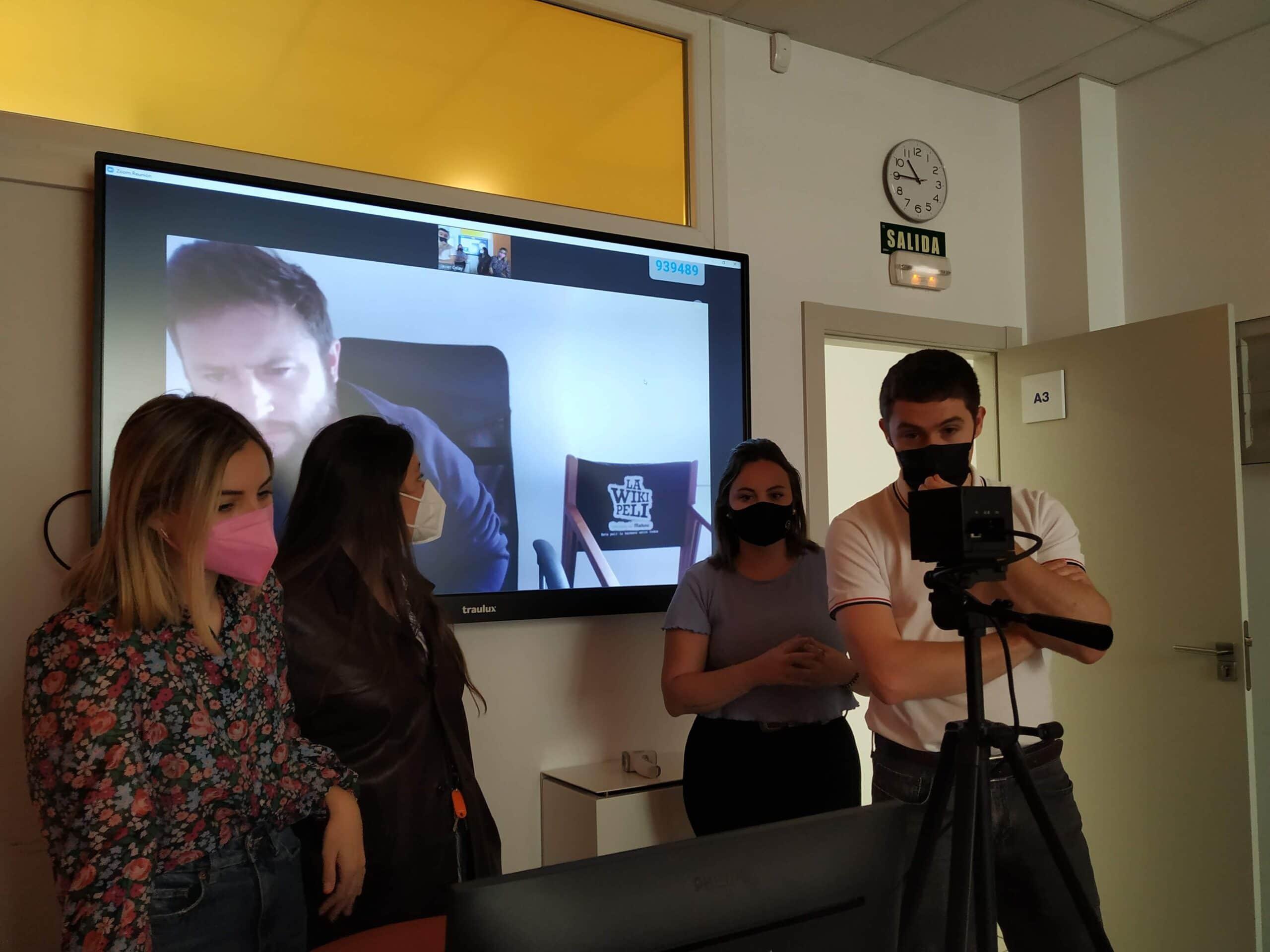 El alumnado de gráfico plantea una cabecera para la seria 'La Casa de Papel' en su asignatura de Proyecto