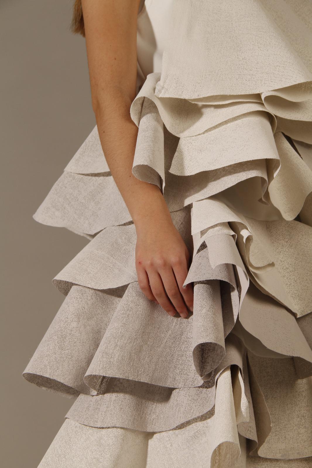 Reflejo de una sociedad virtual – Materiales y estructuras textiles